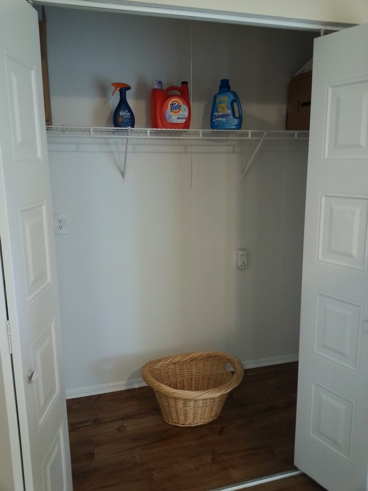 Image of Washer/Dryer Hook-ups for Hillwood Pointe Apartments