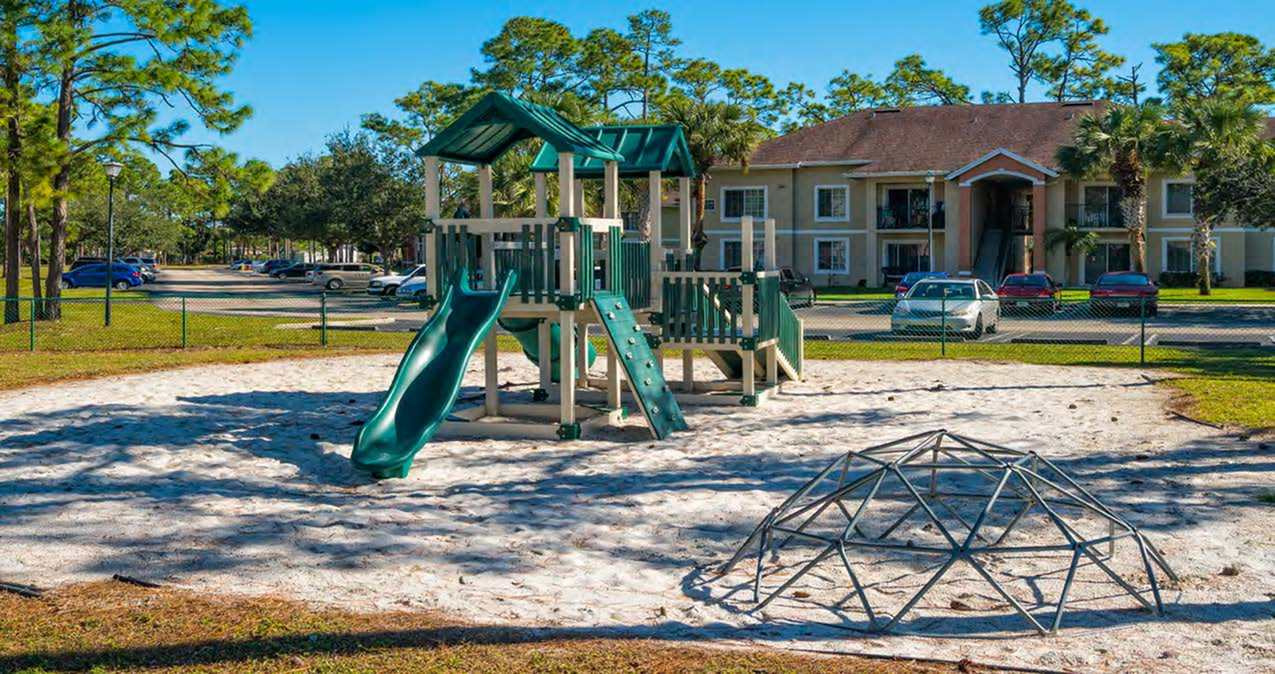 Apartments with Playground in Greenacres