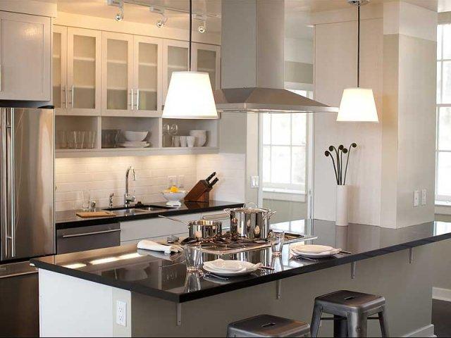 Luxury Apartments San Francisco | Presidio Landmark