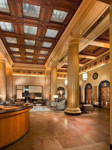 Luxury Los Angeles Apartments Metro 417 Grand Lobby