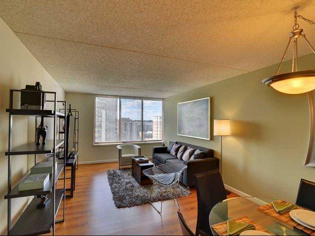 Studio One Two Bedroom Apartments In Arlington Va Lenox Club