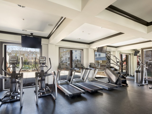 Fitness center at Westwind Farms Ashburn, VA