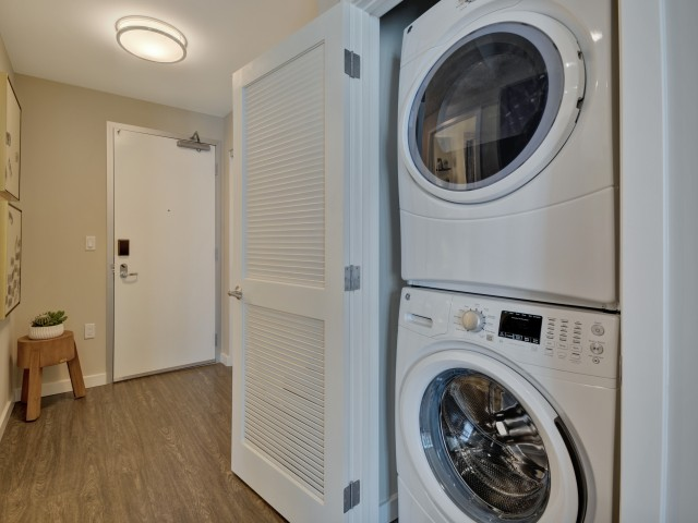 Washer and dryer at L Seven Apartments in San Francisco CA