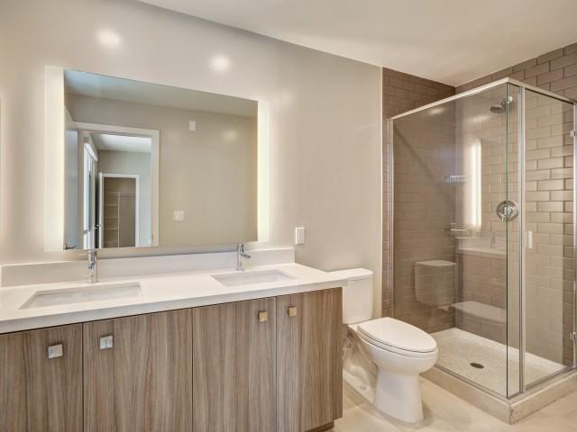 Image of Walk-in tile showers* for L Seven