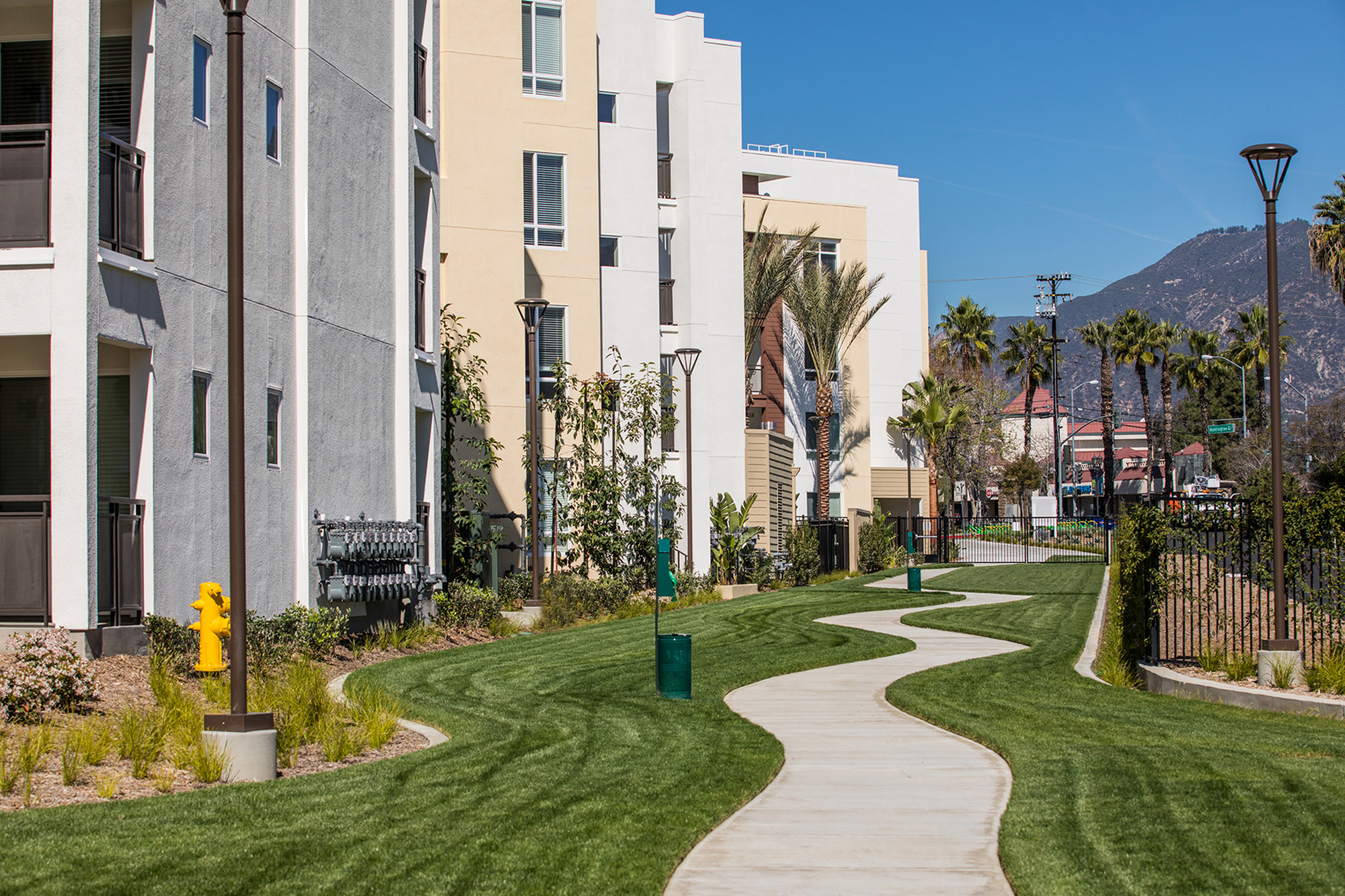 Green belt at Areum Apartments in Monrovia CA