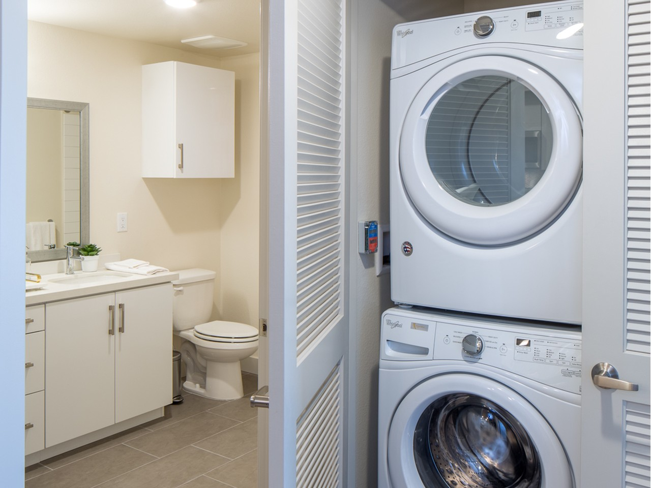 Washer and dryer at Aliso Apartments in Los Angeles CA