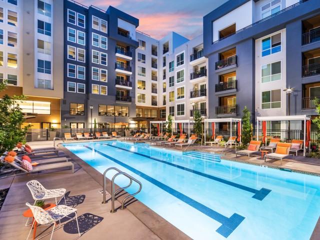 Pool at 808 West Apartments in San Jose CA