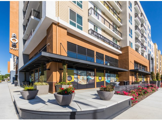 Retail space at 808 West Apartments in San Jose CA