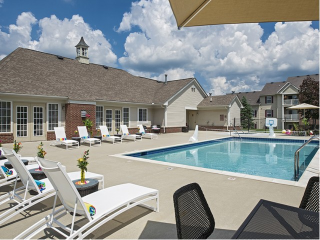 Image of Swimming Pool for Gateway of Grand Blanc