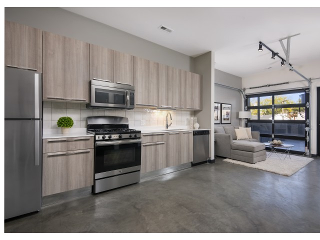 Image of Whirlpool Stainless Steel Appliances for 1647 North Milwaukee