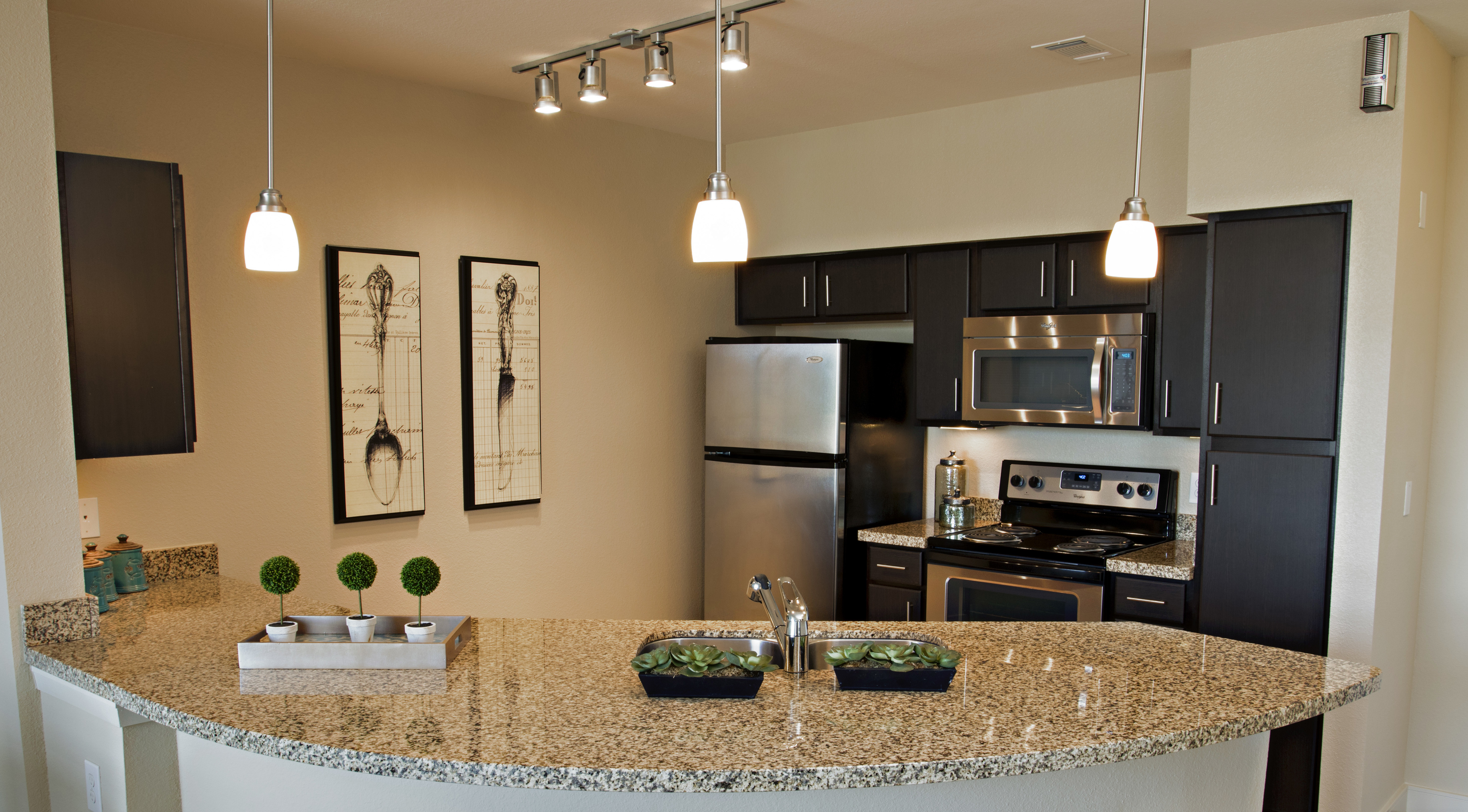 Image of Track & pendant lighting for District at SoCo