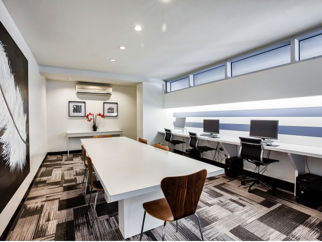Business Center with Internet Accessed Desktops and WiFi