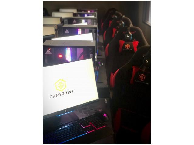 E-Sports Gaming Room + Arcade Gaming