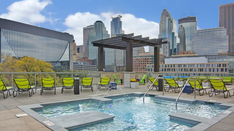 Image of Rooftop Pool for 222 Hennepin Apartment Homes