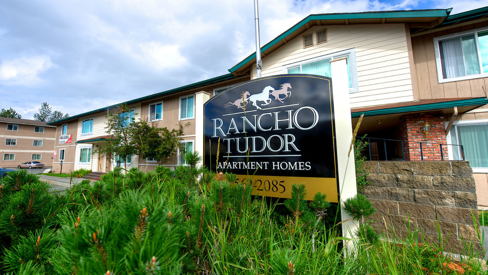 Rancho Tudor Apartment Homes