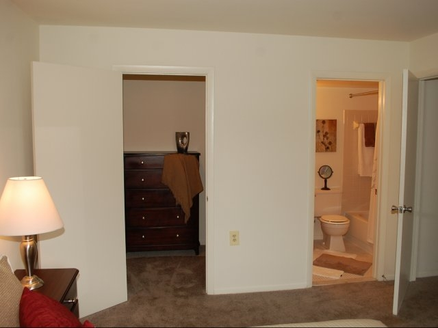 Image of Master Bedroom with Walk-in Closet for Meadow Creek Apartments