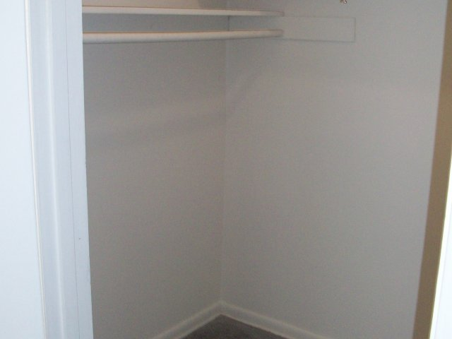 Image of Large Closets for Boston Crossing