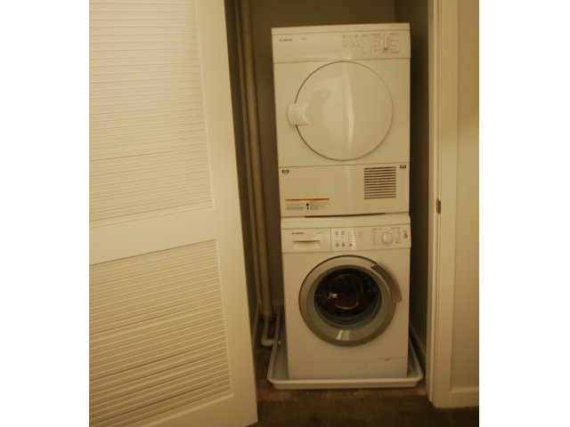 Image of Washer and Dryer for 520 Park Avenue Apt