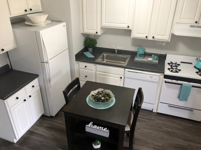 Image of Eat-in Kitchens for Townhomes at Rivers Gate