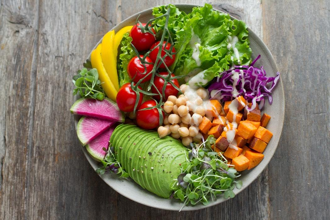 Clean Eating at Restaurants-image