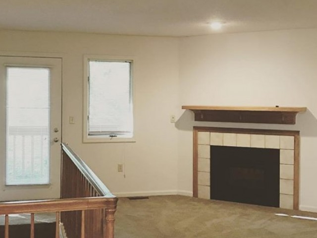 Image of Electric Fireplace for Greenhill Apartments Kalamazoo