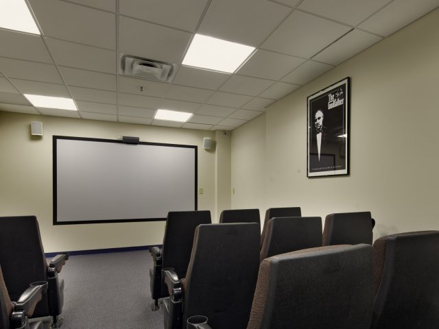Image of Theater Room for 100 Midtown