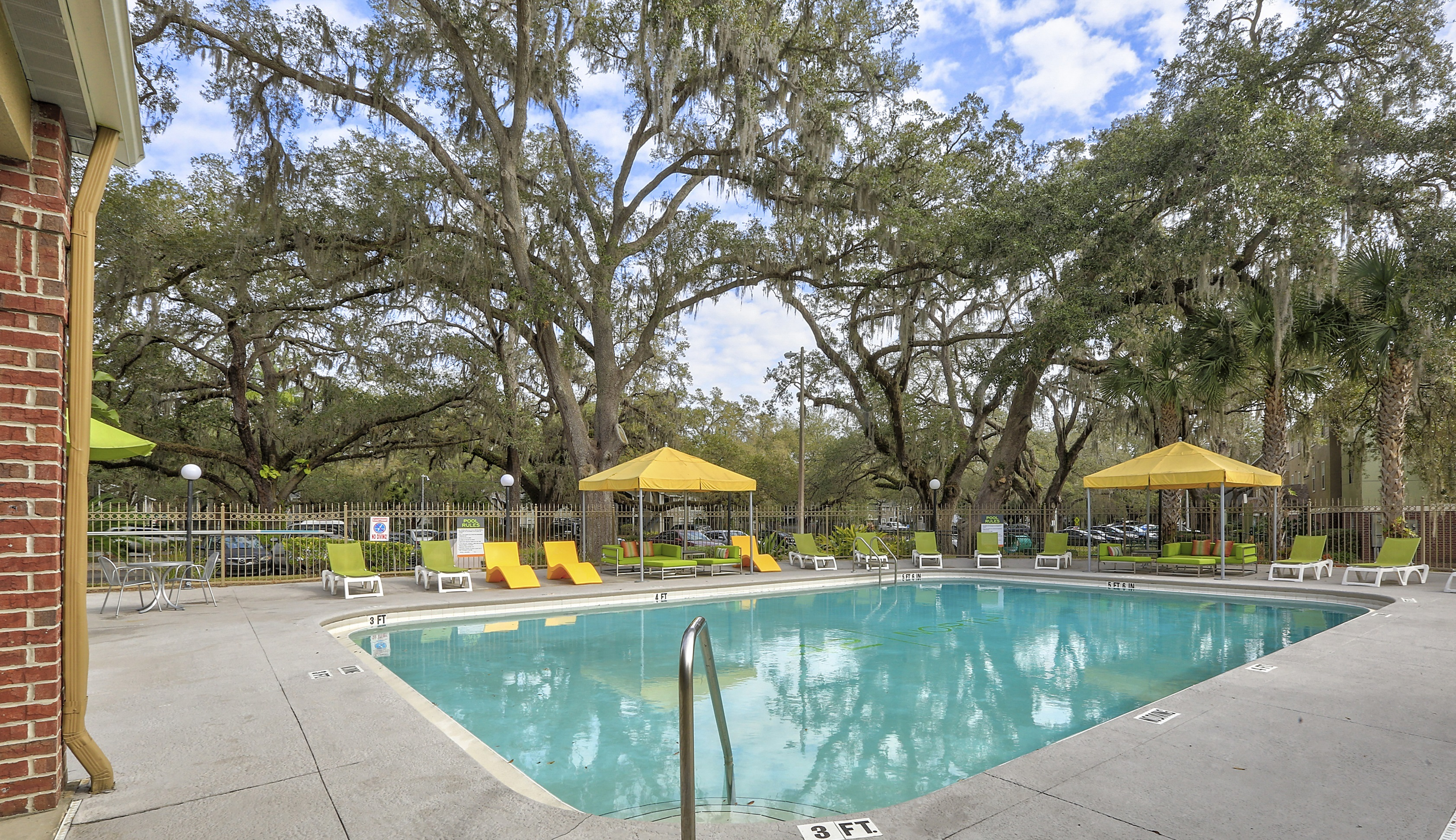 42 North Apartments outdoor pool with lounge seating