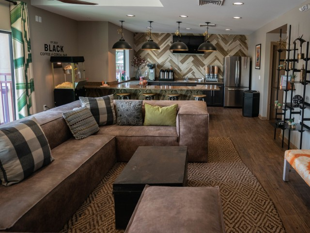 Image of Lounge for The Junction at Iron Horse