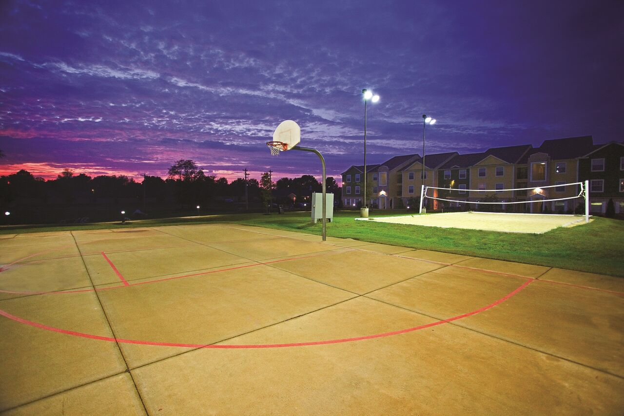 Hilltop Club Apartments Basketball Court and Sand Volleyball Court