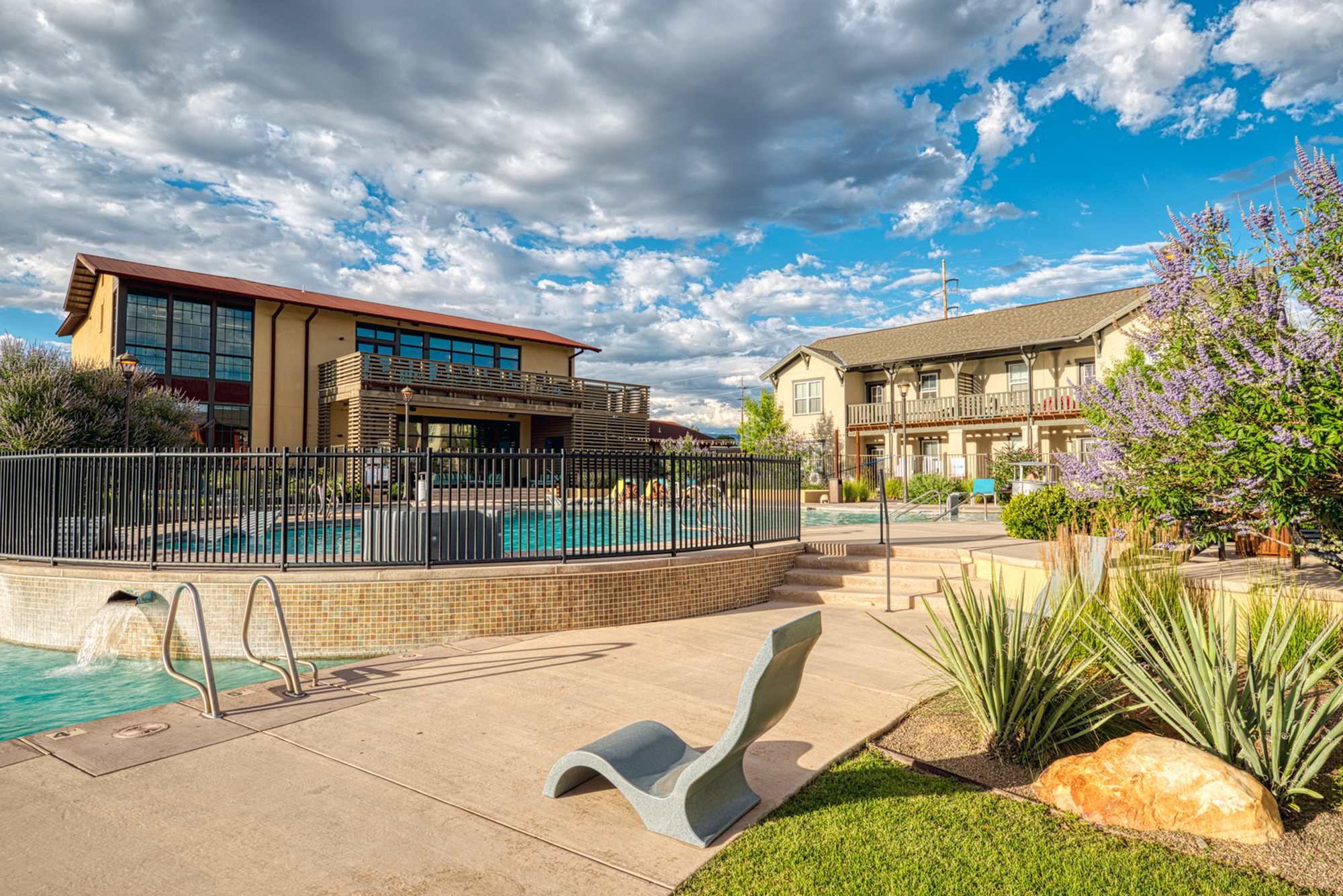 Resort Style Pool | Apartments Near UNM | View ABQ