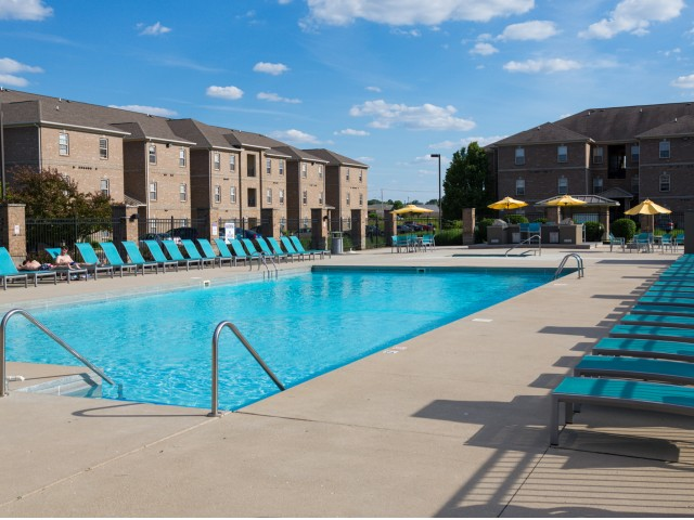 Swimming Pool and sun deck at The Haven apartments near BSU
