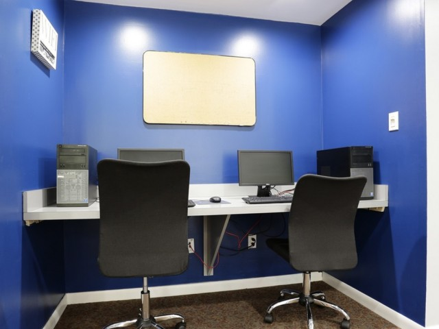 Image of Clubhouse With Computer Kiosk & WiFi for Crossing at Glassboro
