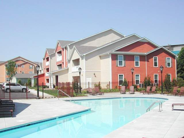 Image of Swimming Pool w/ Sundeck for Bristol Park Apartments