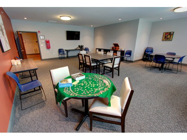 Carlton Hollow Apartments, interior, community room, game room