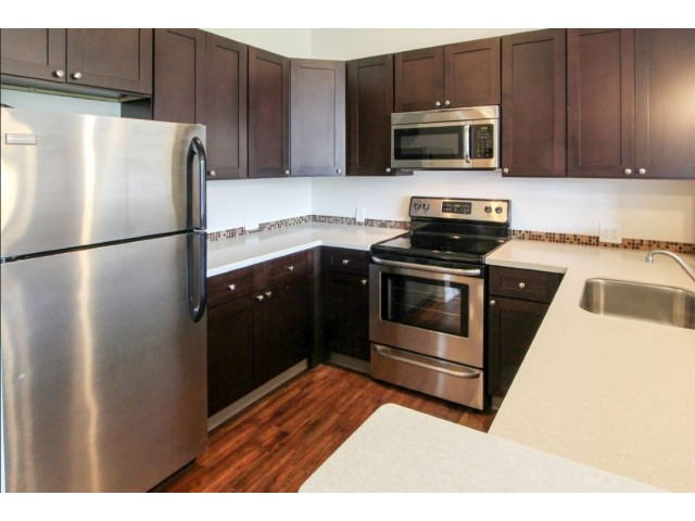 Image of Full gourmet kitchen for Homeroom Lofts