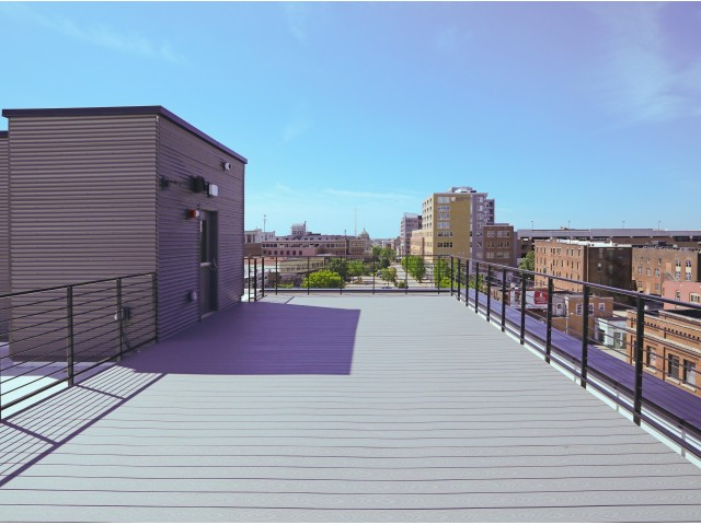 Image of Rooftop Patio for 520 Neil