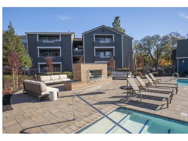 Gentil Roseville, CA Apartments For Rent | Slate Creek Apts