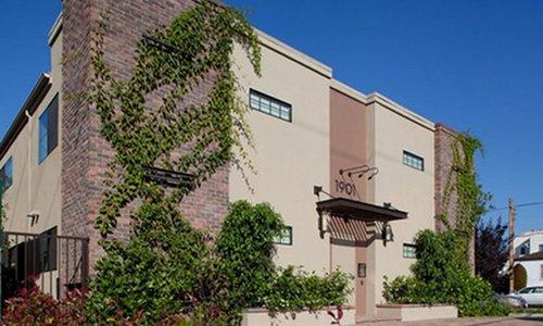 West LA Apartments Now renting