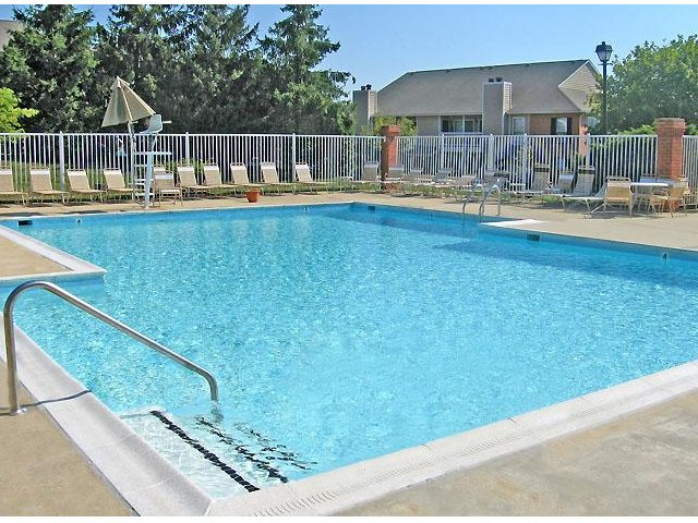 Hampton Point - Silver Spring, Maryland - Apartments For Rent - Pool