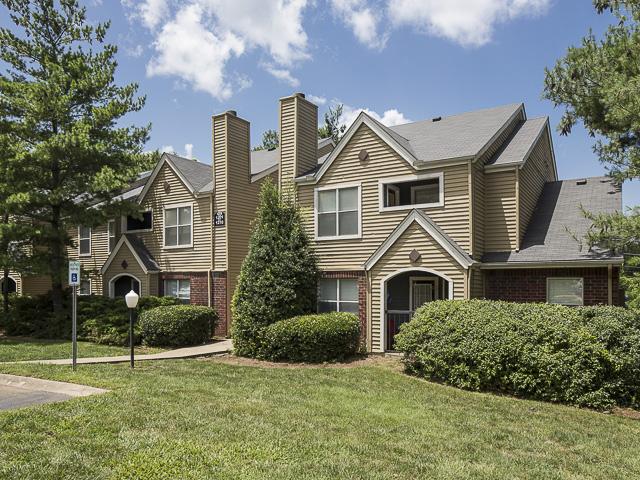 Foxcroft Apartment Homes