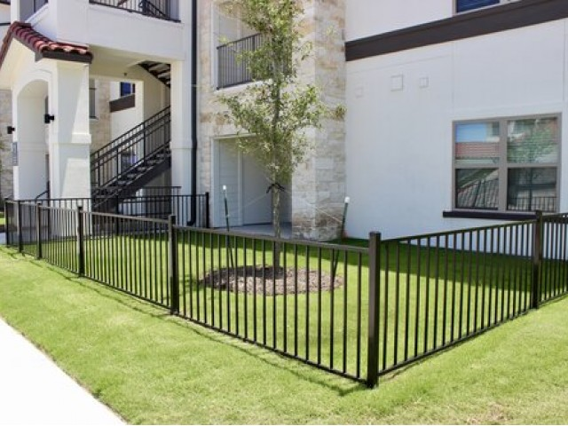 Image of Pet Yards Available for Stone Hill Apartments