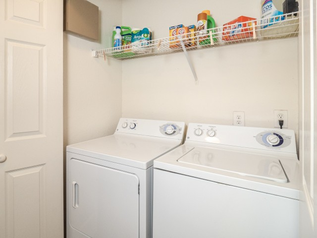 Image of Full-Size Washer and Dryer Included for Village Green