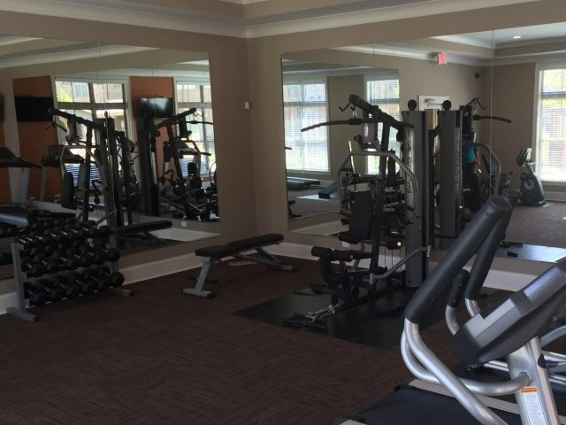 Image of 24 Hour Fitness Gym for Hall Creek