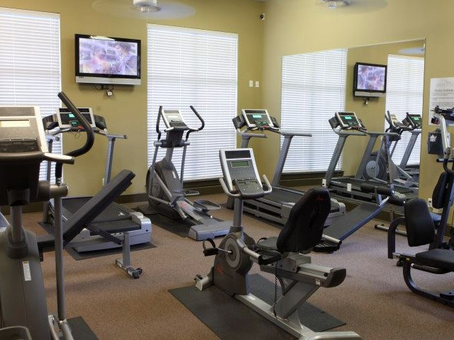 Image of Weight and Fitness Facility for GRAND ISLAND APARTMENT HOMES