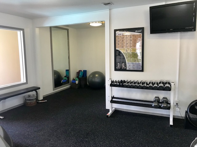 Image of Free Weights Available for BRECKENRIDGE APARTMENTS