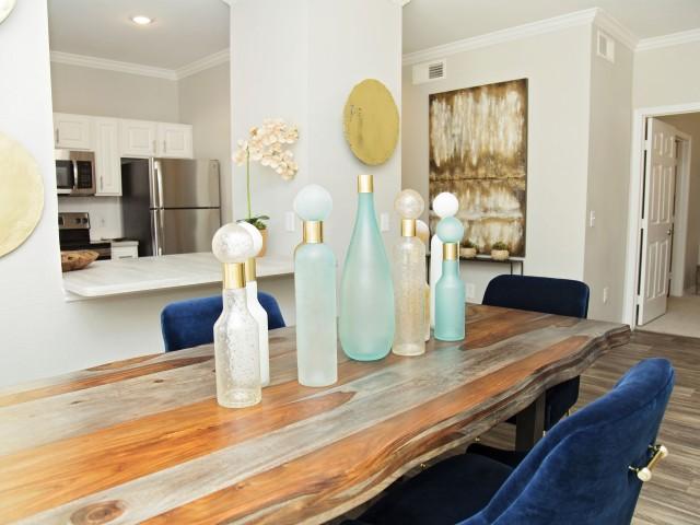 Euless TX Apartment Rentals | Mandolin