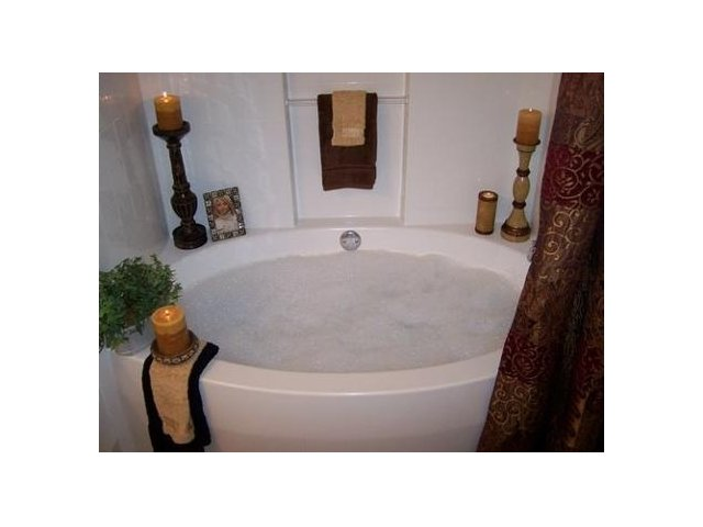 Image of Roman Soaking Tubs * In select homes for HIDDEN CREEK APARTMENT HOMES