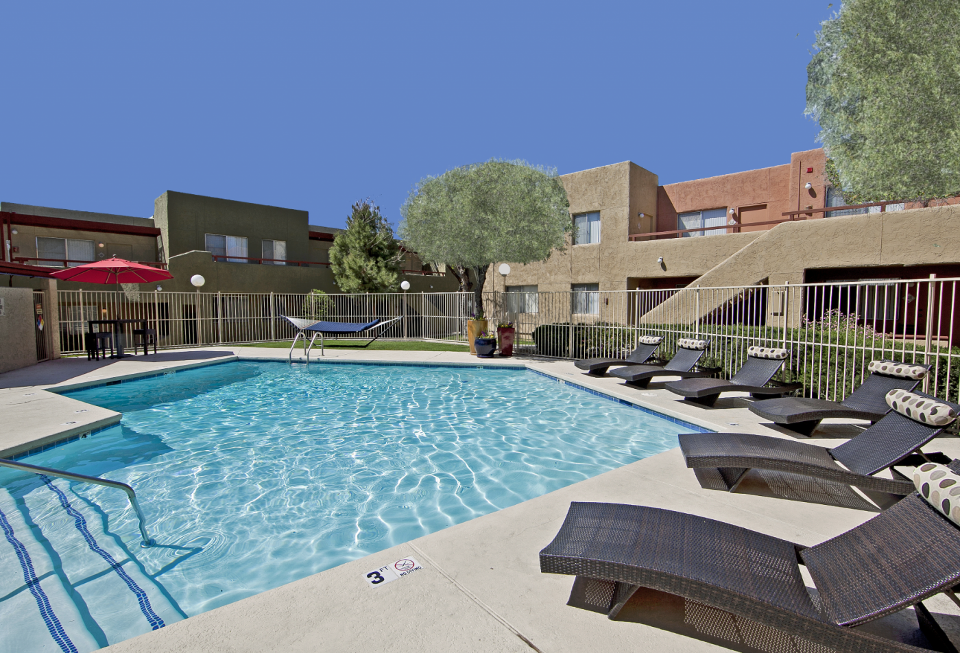 Zona Verde apartments Tucson, AZ pool, patio and exterior