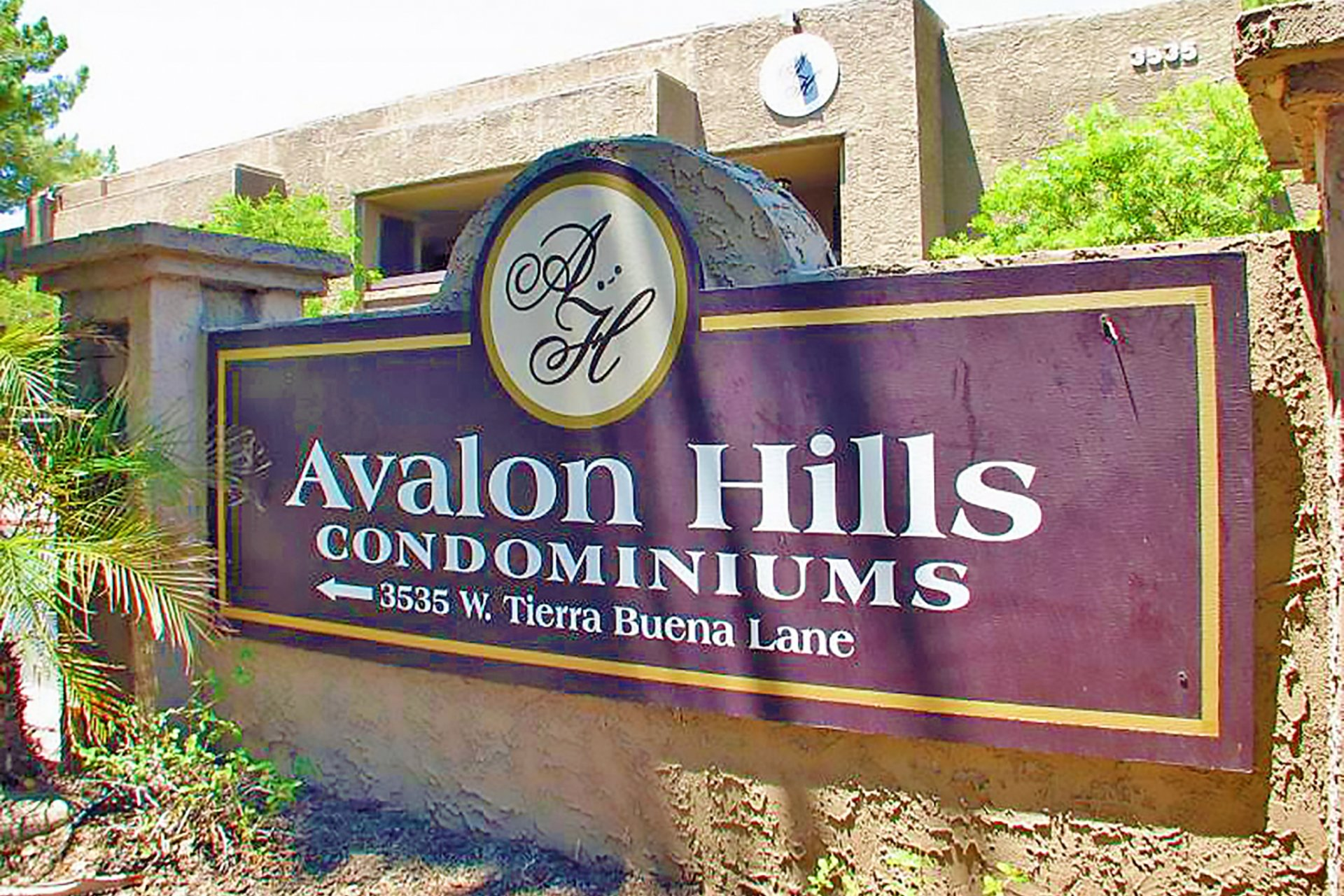 Avalon Hills apartments Phoenix, AZ signage