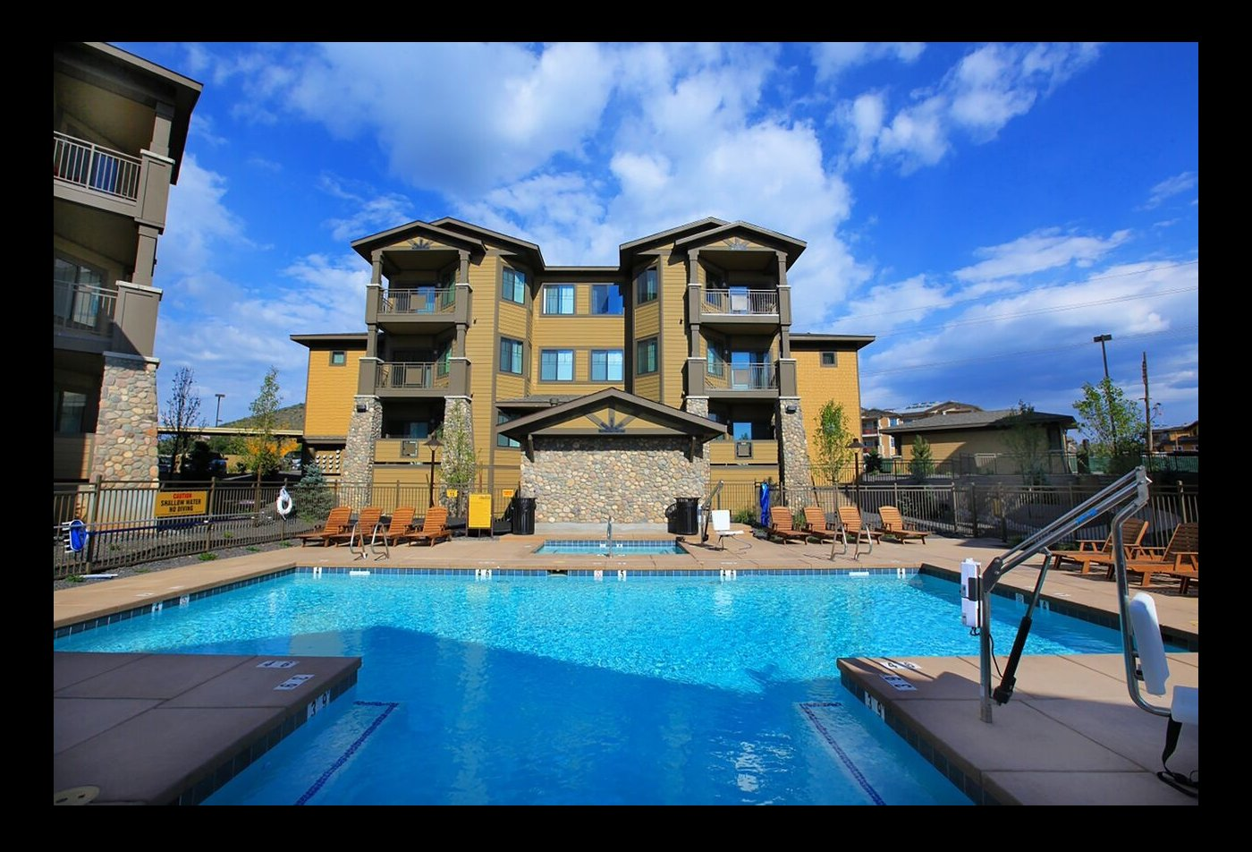 The Elevation Apartments Flagstaff, AZ pooll, pool patio and exterior